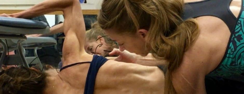 Adaptaciones de Pilates para la Escoliosis
