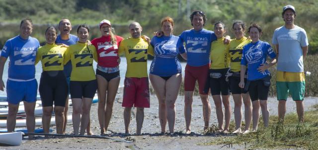 El grupo de SUP con la escuela Special Surf