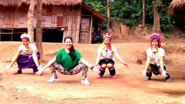 Reto de Pilates del verano #PilatesAndFriends con las mujeres jirafa